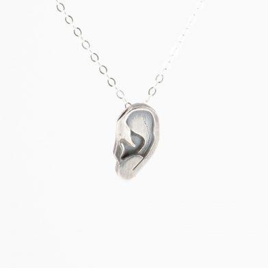 Halsband Öra i silverkedja
