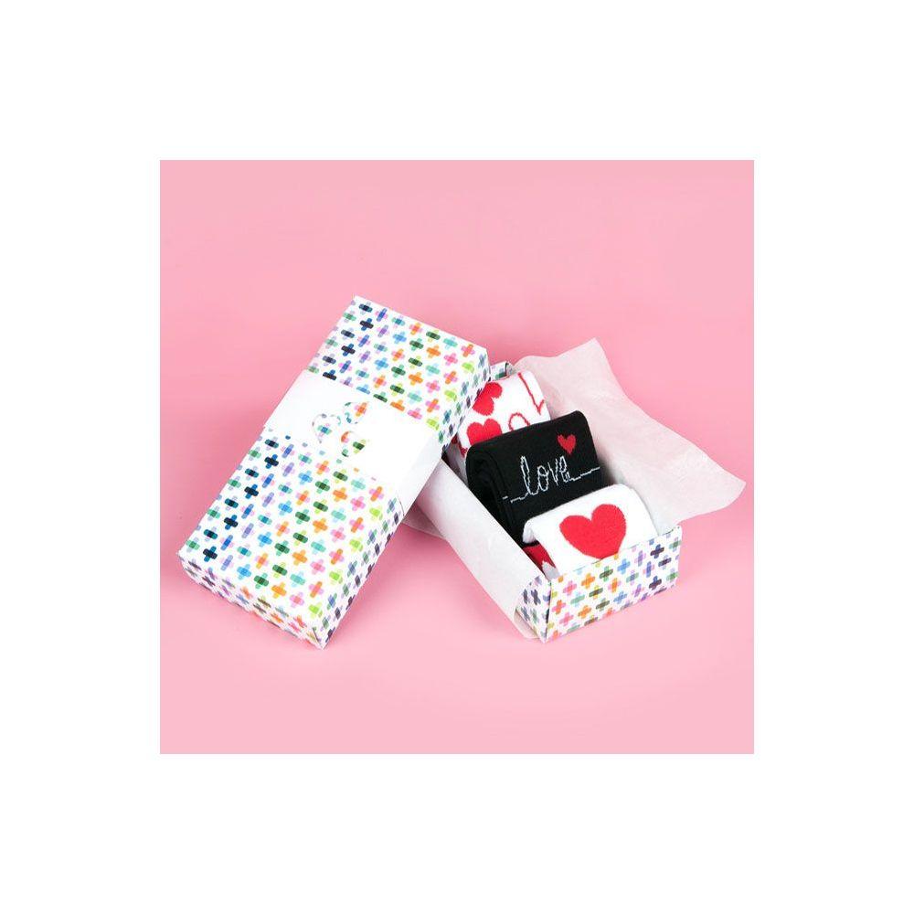 Kärleksbox 2017 med stödstrumpor/strumpa
